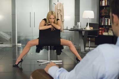 Секс в одежде на работе в hd